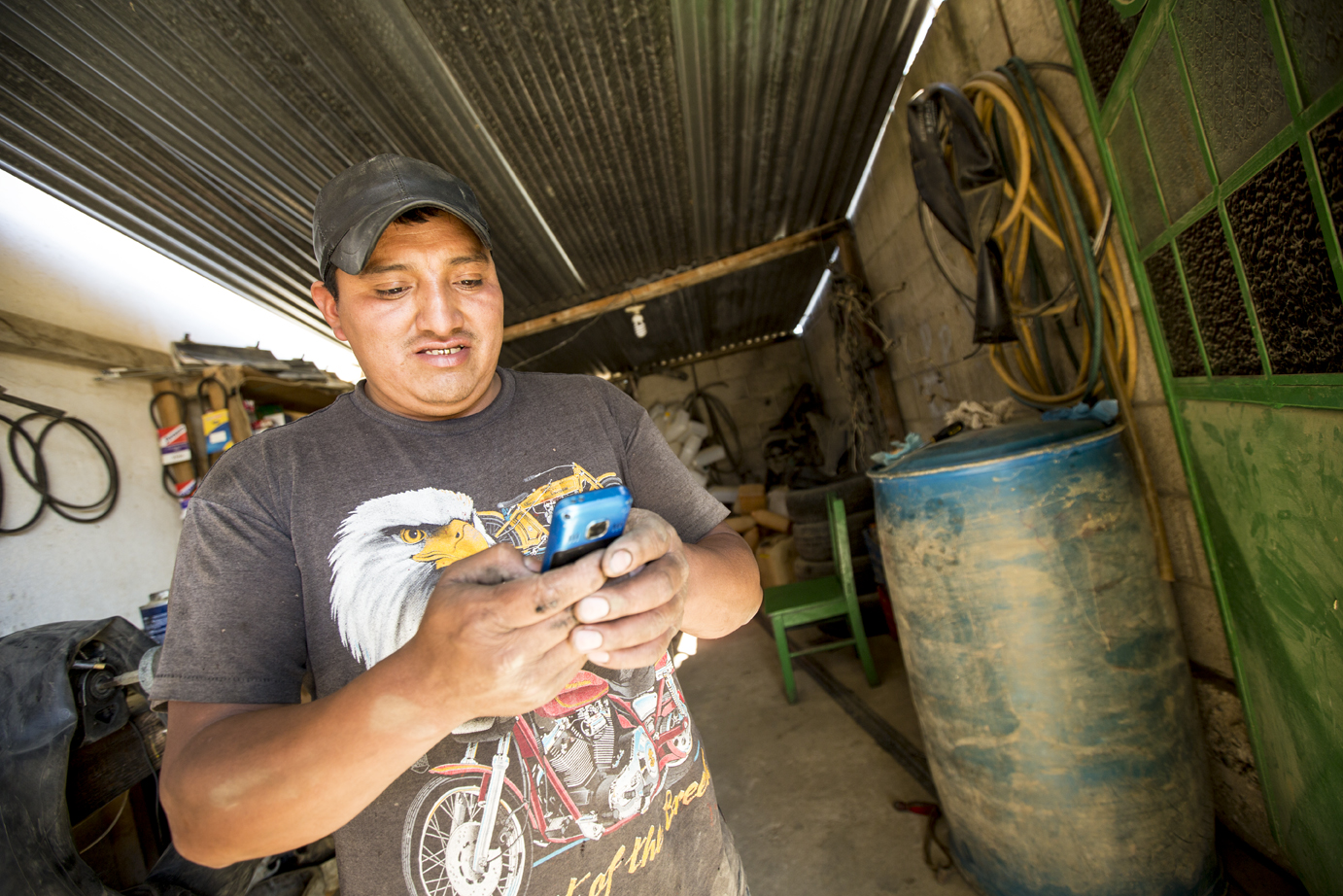 Pedro Macario, a client of Tienda Pago, can quickly access the capital he needs to keep his shop running.