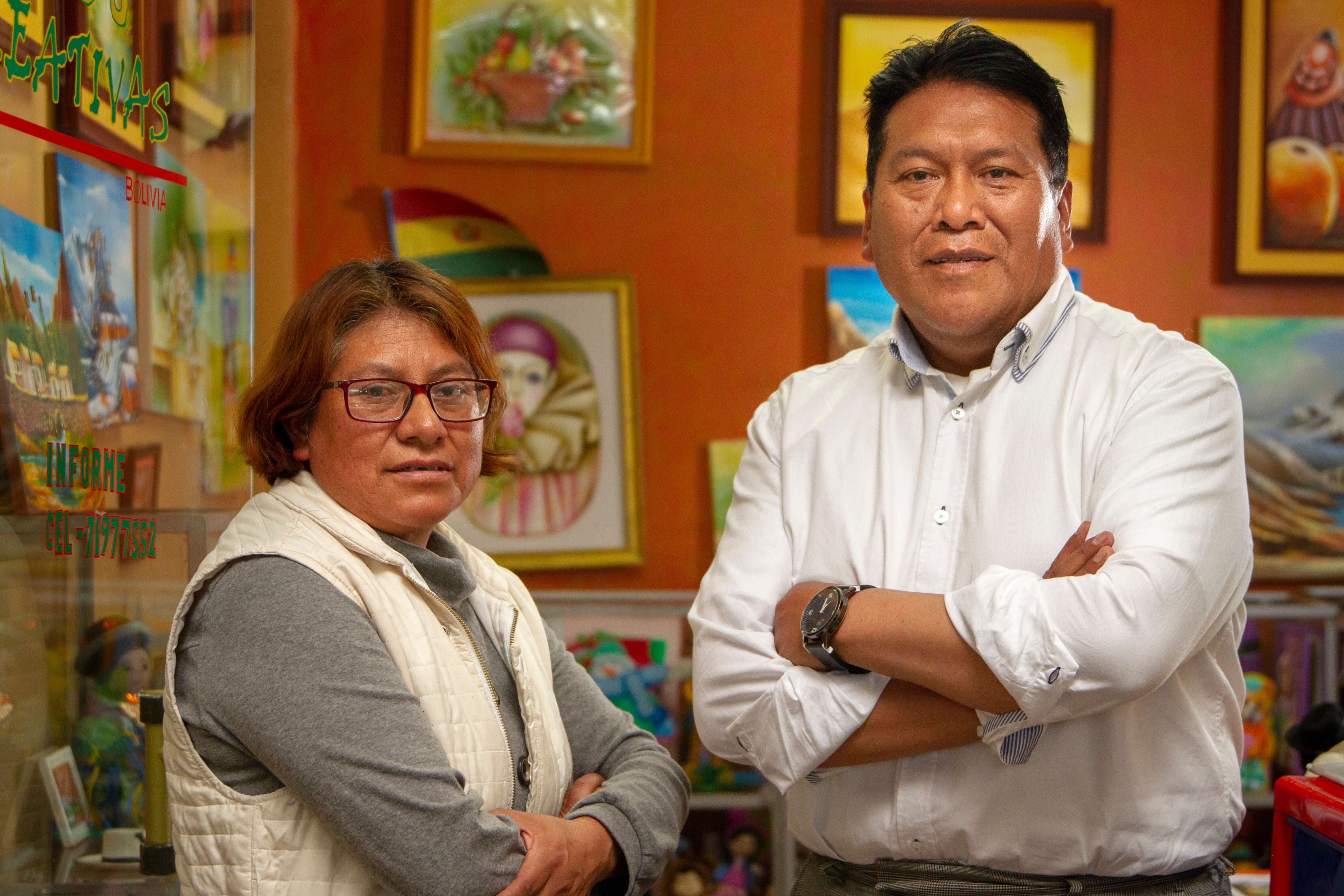 Accion partner BancoSol quickly responded to the COVID-19 crisis by offering digital financial services to clients like Lili Angelica Luna Blanco and Gualberto Laura Mendoza, who relied on BancoSol to grow their art business and to build their family home.